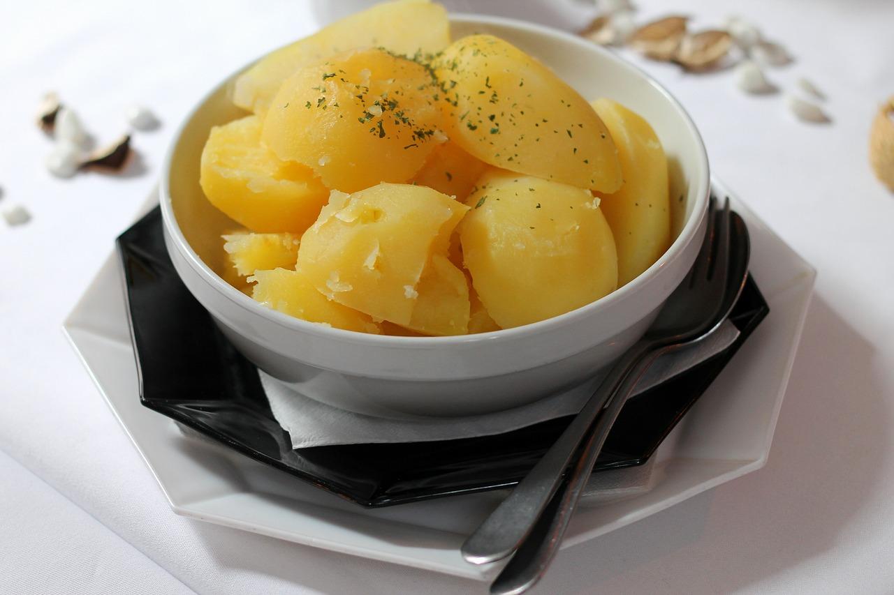 Ugotowane ziemniaki