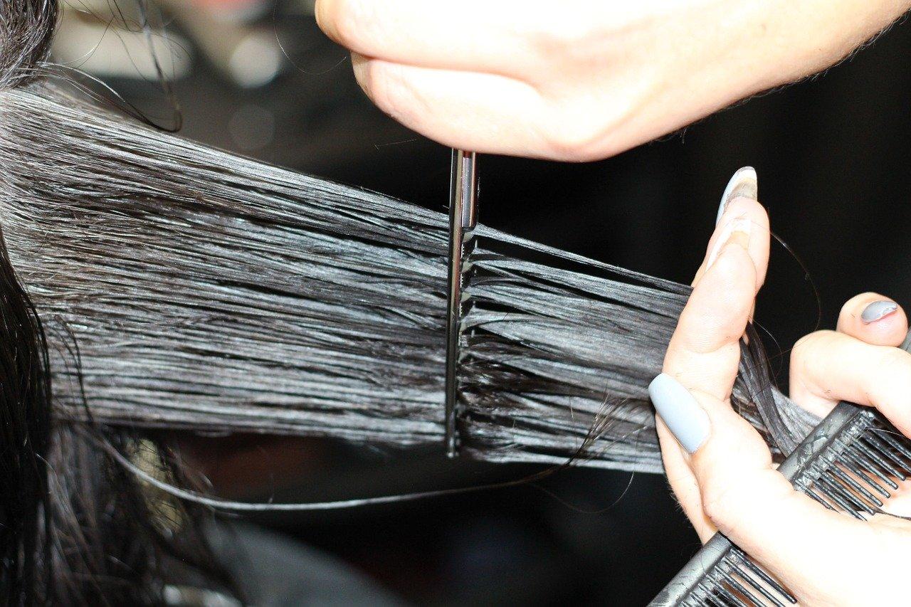 Co zrobić gdy fryzjer źle zetnie włosy?