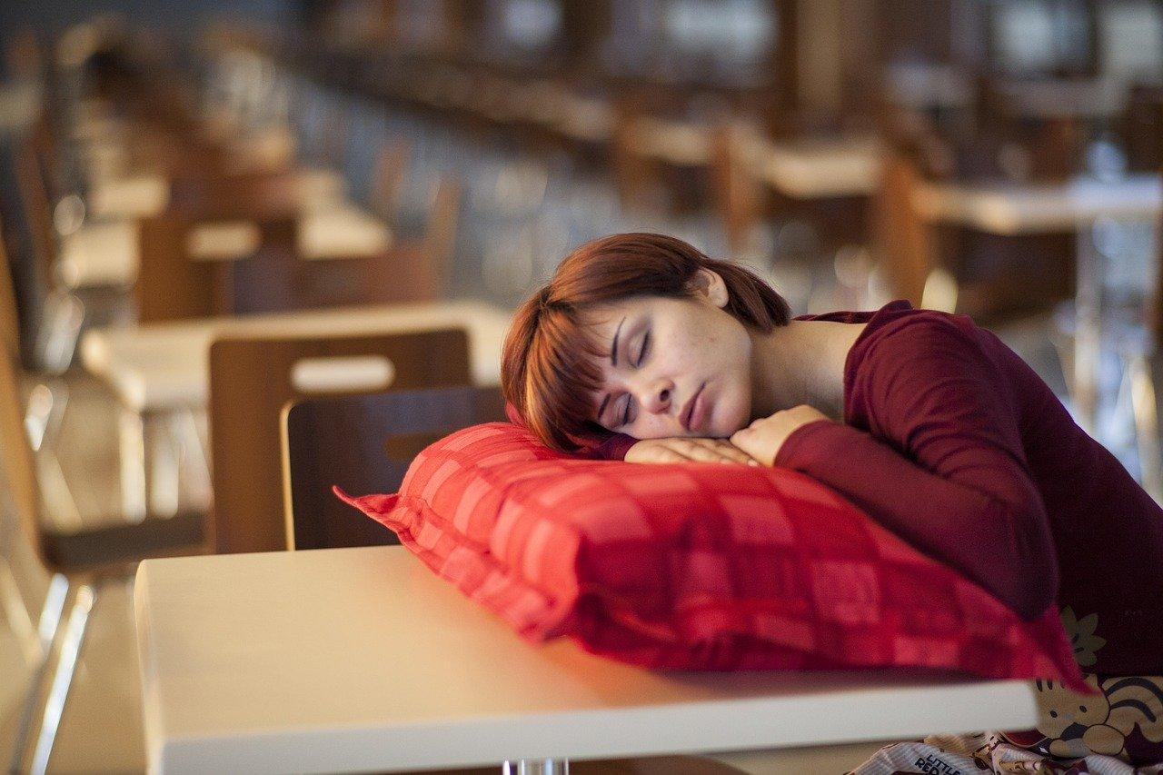 Co zrobić żeby nie zasnąć?