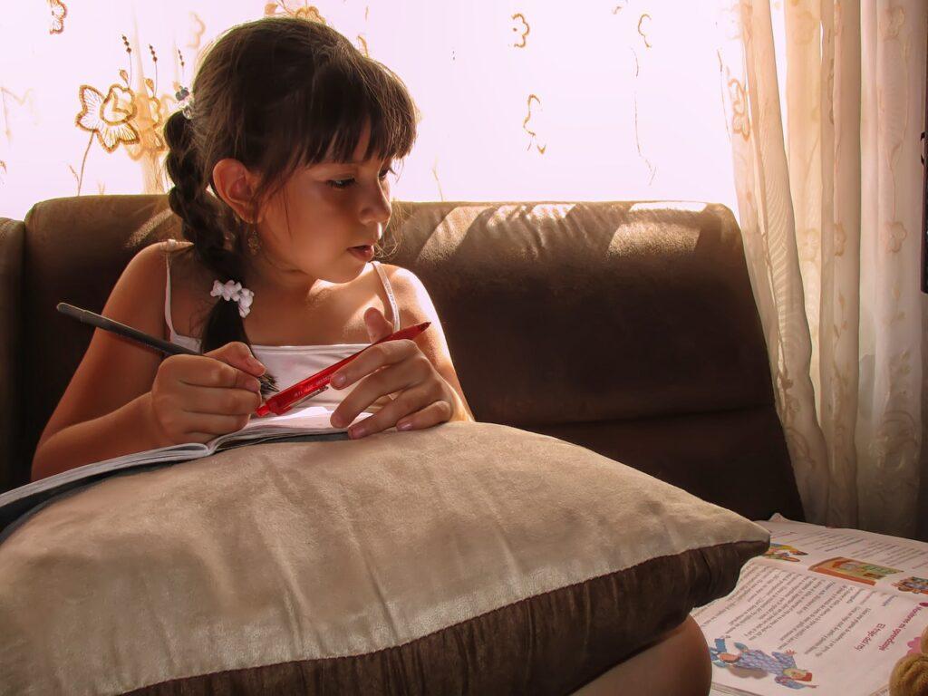 Co zrobić z dzieckiem gdy zamykają szkoły?