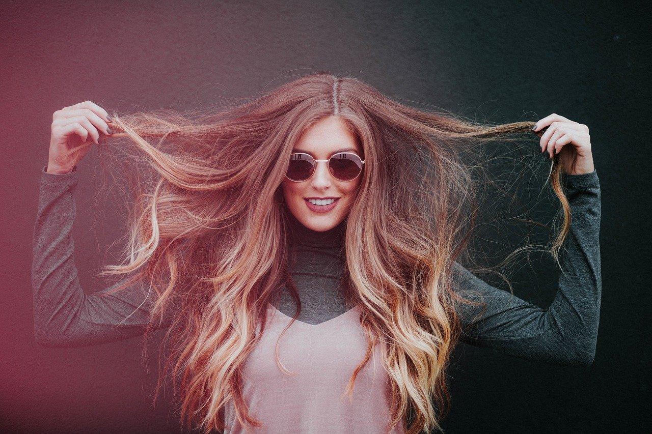 Co zrobić żeby włosy się nie puszyły?